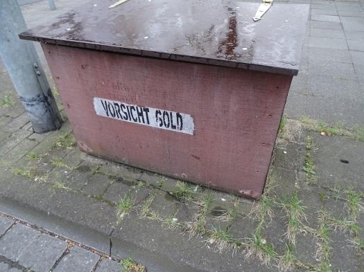 vorsicht_gold